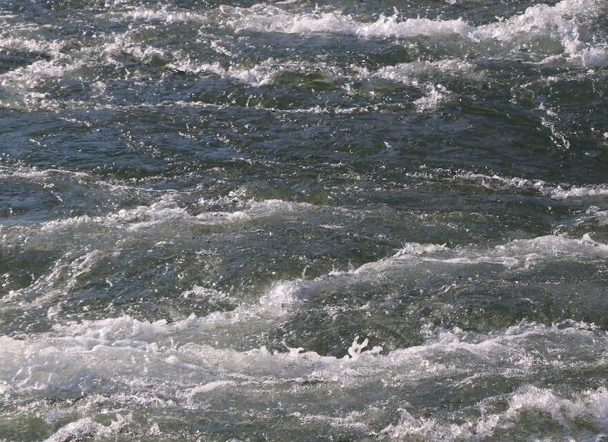 Das Wasser des Lebens - gewaltige Strömung