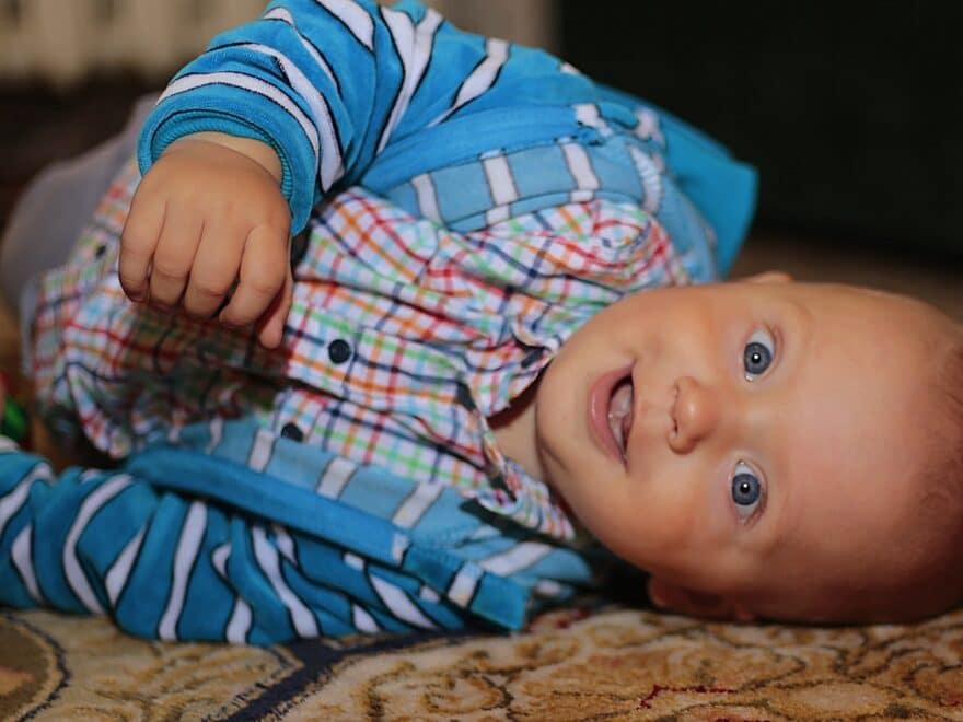 Aufmunterung - Ein Baby kann echt gut lachen