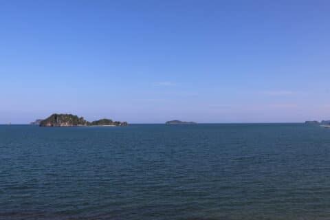 Das Wasser des Lebens - Blick auf blaue Meer