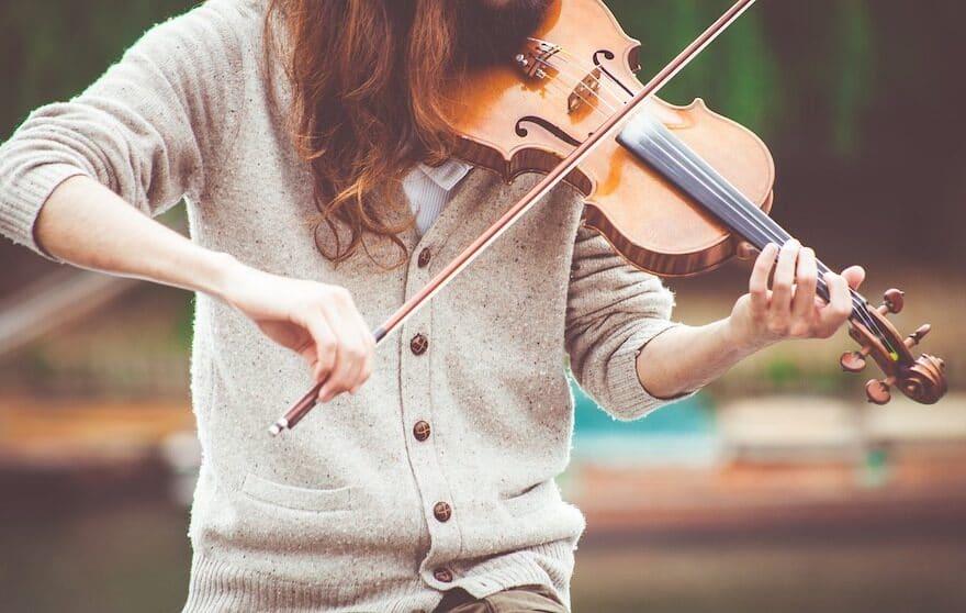 David Garet bezaubert mit seine Geige