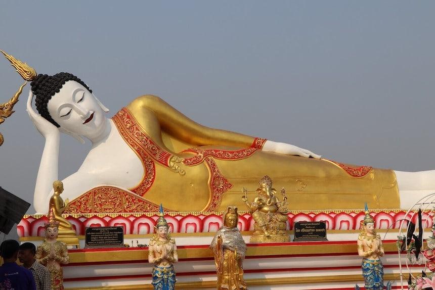 Schlafender Buddha - Berühmte Weisheiten von Buddha