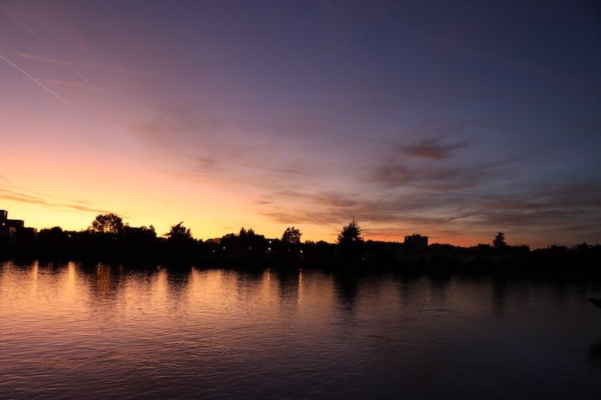 Sonneuntergang am Rhein in Basel