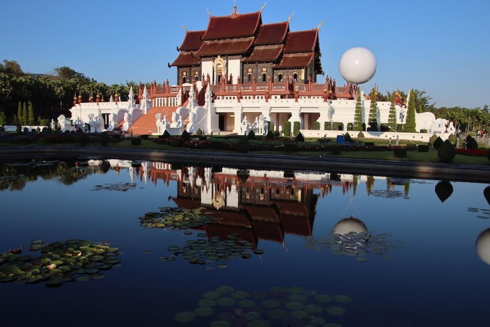 Königin Tempel Thailand -Wiedergeburt Buddhismus