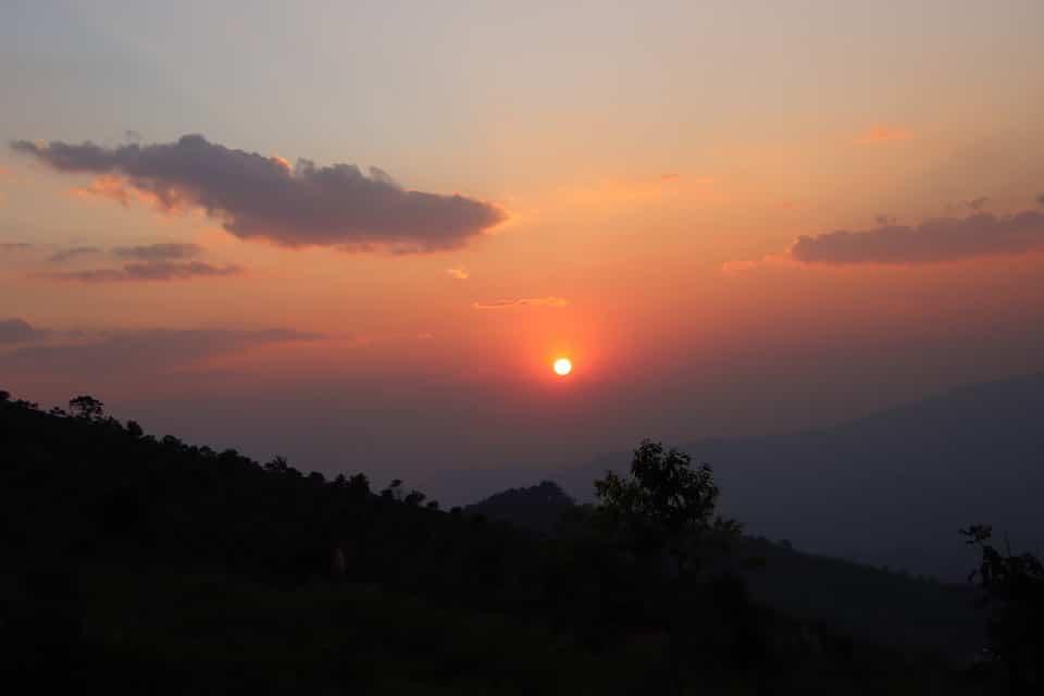 Ein schöner Sonnenuntergang -Wie kann ich frei sein - Selbstbewusstsein stärken Tipps