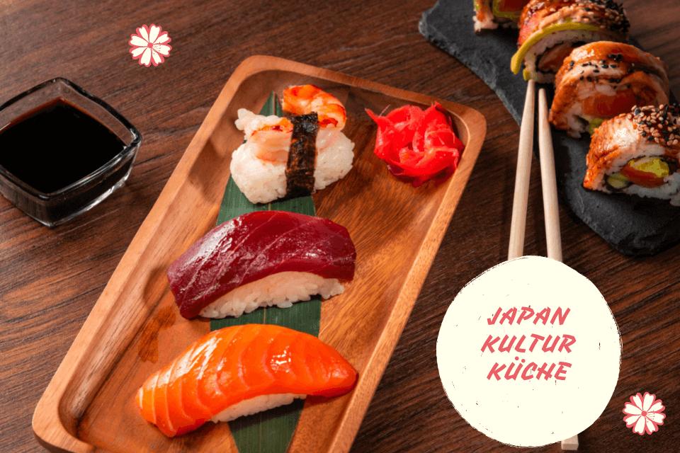 Traditionelles leckeres Japanisches Essen auf dem Tisch präsentiert