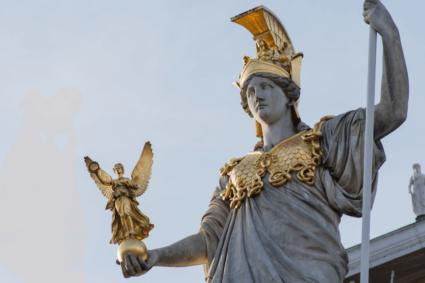 Statue - Minerva- Göttin der Weisheit