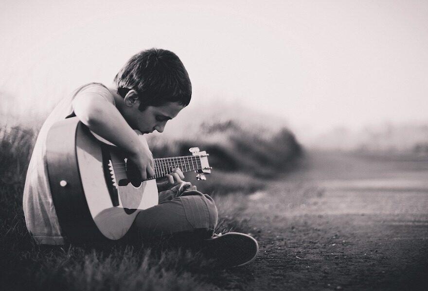 Unglaublich gute Stimme eines Junge